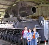 Автобусная экскурсия в Танковый музей в Кубинке и в Партизанскую деревню фото
